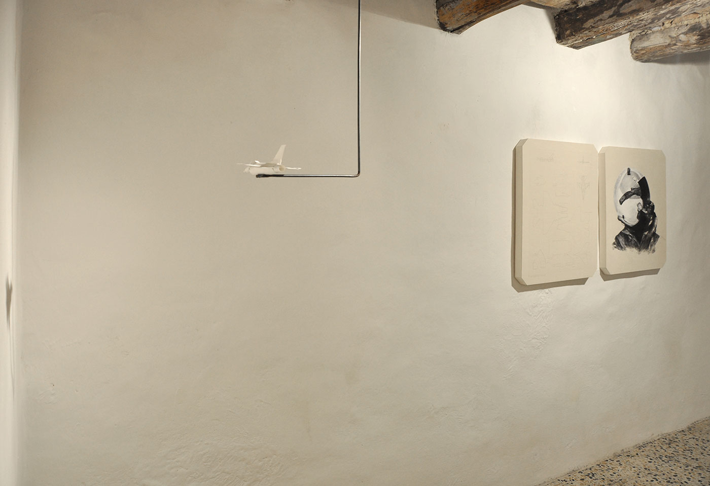 carton plant, paper, graphite, Lascod plaster, iron, glue sound equipment, mechanical mechanism. 2011